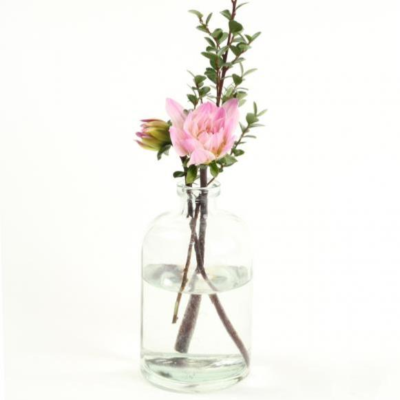 bud-vase-with-pink-rose