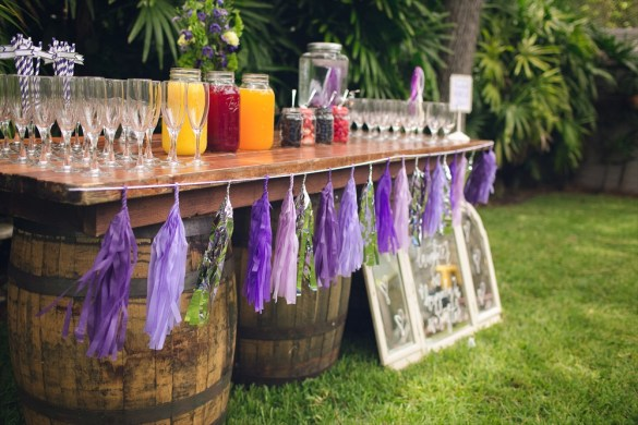Mimosa Bar | Rustic Glam Bridal Shower | styled: adore amor event planning, photo: little blue bird photography | http://emmalinebride.com/shower/rustic-glam-bridal-shower/