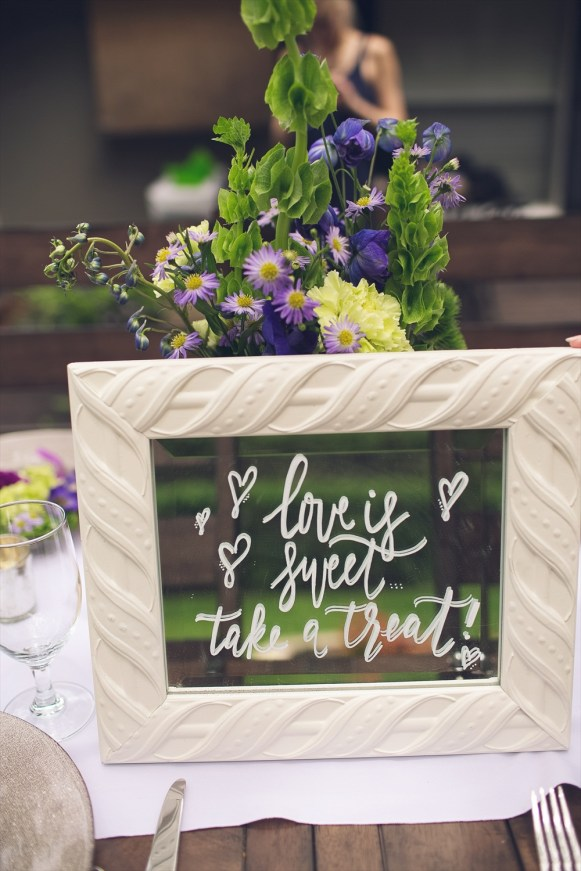 Take a Treat | Rustic Glam Bridal Shower | styled: adore amor event planning, photo: little blue bird photography | http://emmalinebride.com/shower/rustic-glam-bridal-shower/