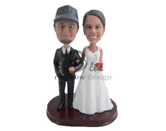 Custom Wedding Bobbleheads - baseball fans custom bobbleheadsbride and groom bobbleheads