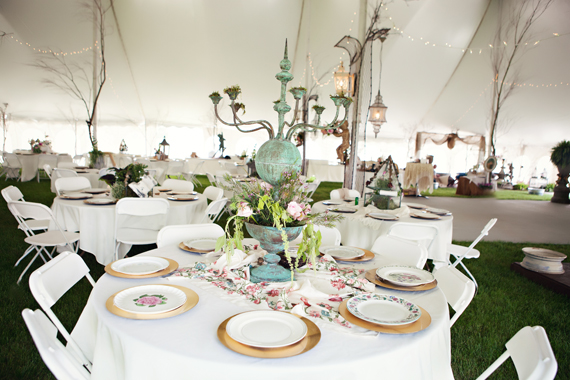 KimAnne Photography - iowa backyard wedding - wedding-tent-table-decor