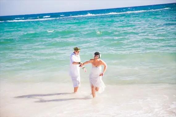 Maui-beach-wedding-ardolino-photography-emmaline-bride-22