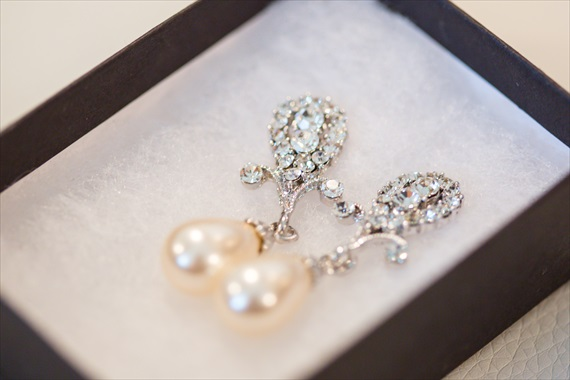 Filda Konec Photography - Hemingway House Wedding - bride's pearl earrings