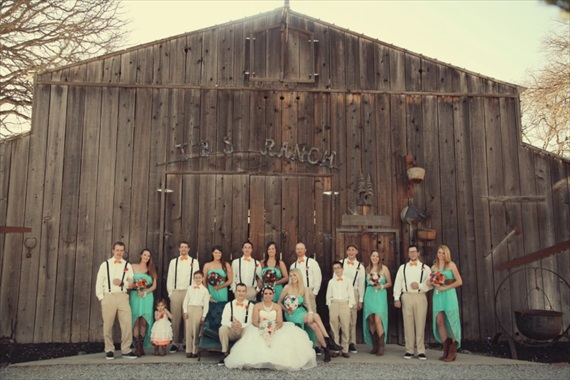 Drozian Photoworks - rustic wedding party at TBS ranch