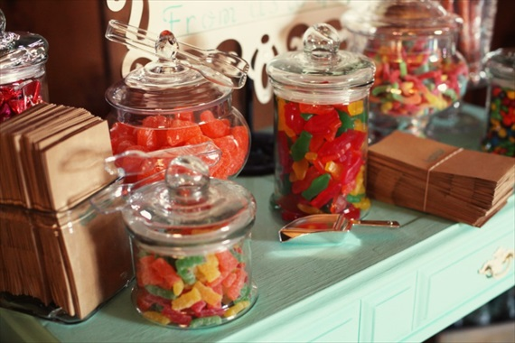 Drozian Photoworks - wedding candy jars and candy table