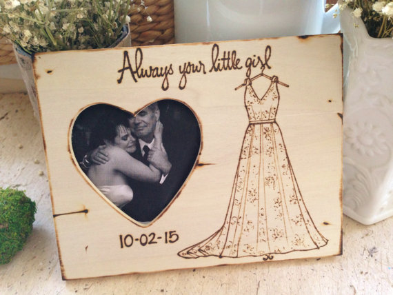 Photo Frames for Parents of the Bride – #HANDMADEADAY - BridalPulse