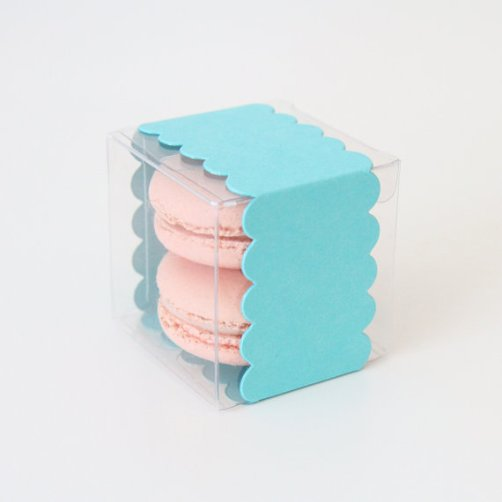 macaron favor box in teal wrapping | via http://emmalinebride.com/favors/giving-macaron-favors/