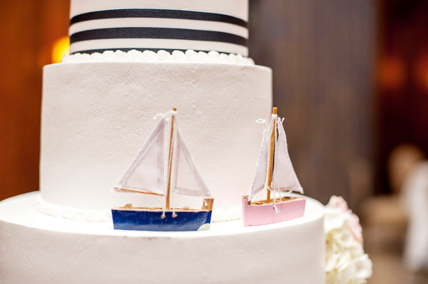 beach wedding cake with sailboats