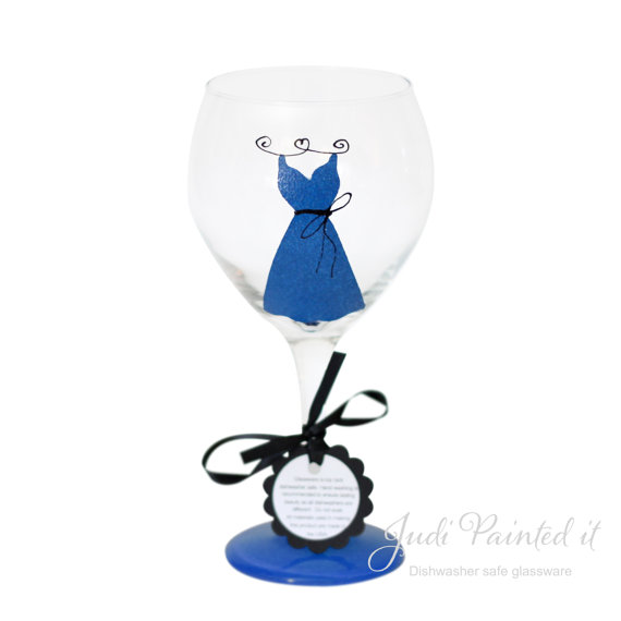 7 Clever Wedding Drink Accessories (bridesmaid dress wine glass by judi painted it)