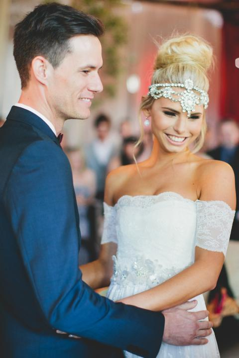 bride with top knot and moroccan headpiece