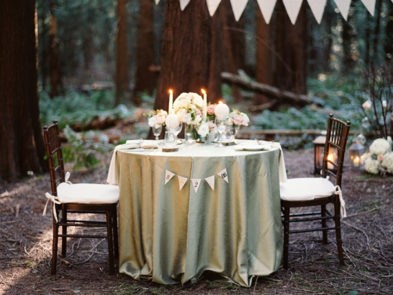 candlelit sweetheart table - perfect for a night wedding