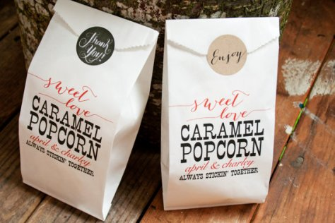 caramel-popcorn-wedding-favors