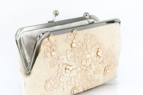 handmade wedding clutch purse (angee w.) via The Marketplace at EmmalineBride.com