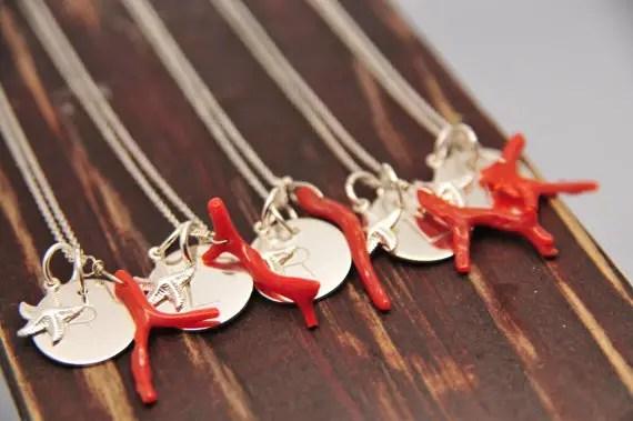 coral beach wedding jewelry via Beach Wedding Jewelry Ideas for Bridesmaids