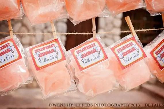 50 Best Bridal Shower Favor Ideas: cotton candy bridal shower favors