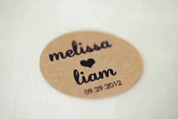 3 Easy Ways to Personalize Wedding Invitations (kraft labels: vanilla skys) via EmmalineBride.com