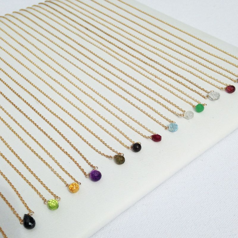 delicate birthstone necklace | birthstone jewelry gifts | http://emmalinebride.com/gifts/birthstone-jewelry-gifts/