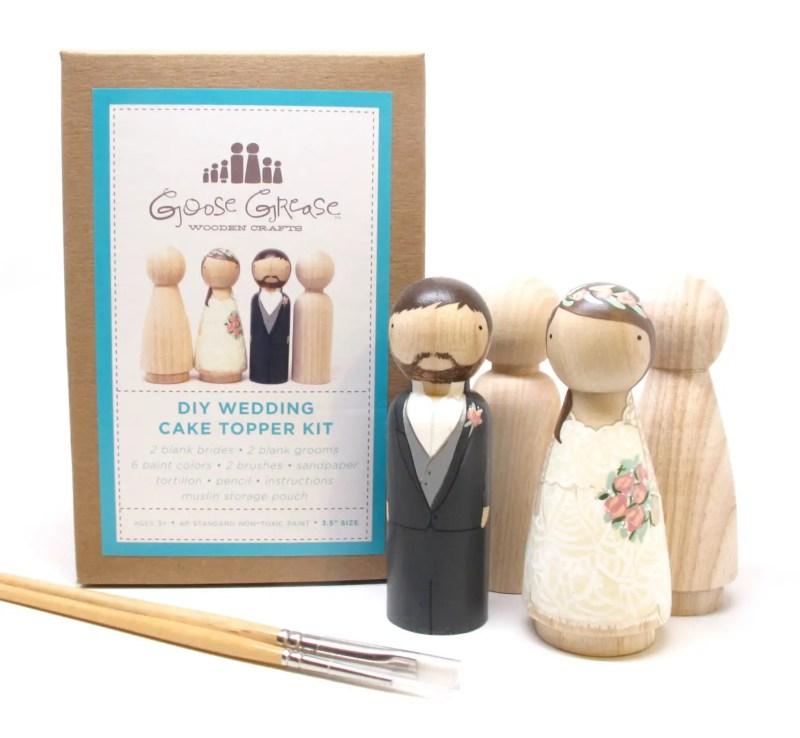 diy cake topper kit   Best DIY Wedding Projects via http://emmalinebride.com/decor/best-wedding-diy-projects/