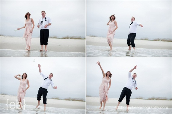 20 Best Engagement Photo Ideas: The Ocean (by Eric Boneske Photography)