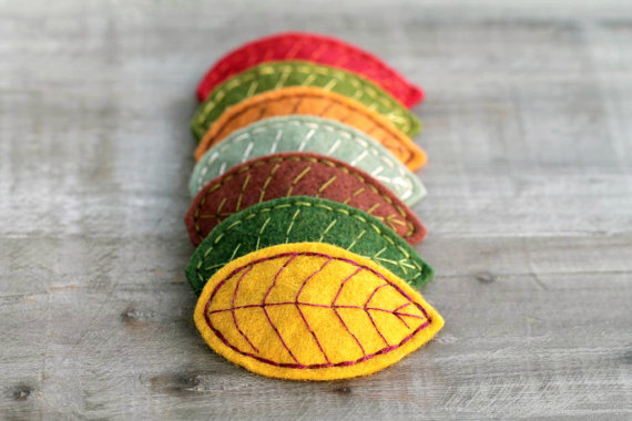 felt leaf hair clips