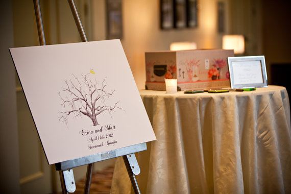 7 Guest Book Mistakes to Avoid via Emmaline Bride - Tips for your Guest Book! (guest book: the ink lab, photo: diana daley photography)