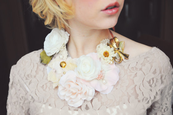 floral bib necklace (via How to Wear a Bib Necklace)