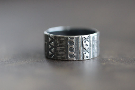 geometric ring | handmade wedding bands | http://emmalinebride.com/jewelry/handmade-wedding-bands/