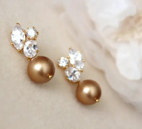 gold pearl earrings by DreamIslandJewellery