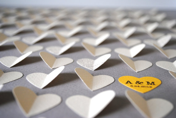 7 Guest Book Mistakes to Avoid via Emmaline Bride - Tips for your Guest Book! (guest book 3d hearts: suzy shoppe)