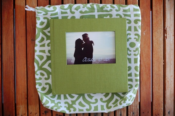 handmade wedding photo albums green with bag