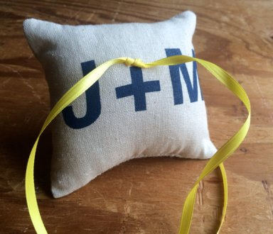 initials burlap pillow | via Rustic Ring Pillows http://emmalinebride.com/ceremony/rustic-ring-pillows/