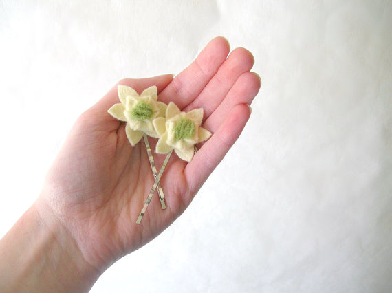 ivory succulent hair pins (2)