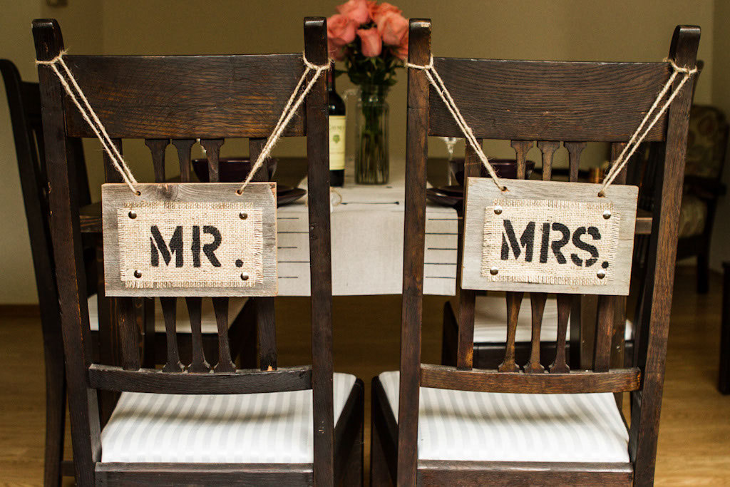 mr mrs chair signs | via bride and groom chair signs http://emmalinebride.com/decor/bride-and-groom-chairs/