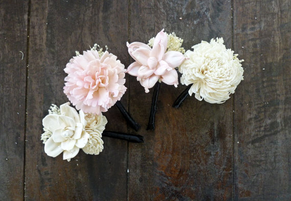 5 Ways to Save Money on Wedding Flowers (wedding boutonnieres by Curious Crafts)