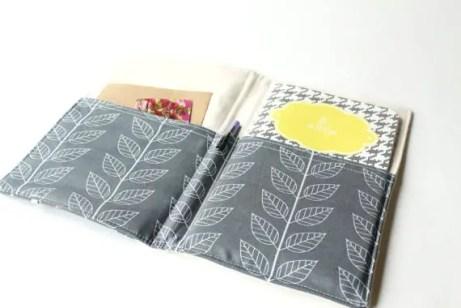 portfolio organizer - grey and white flowers