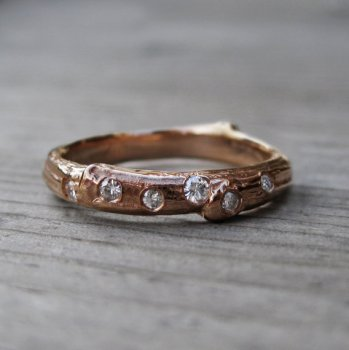 scattered-diamond-twig-band-handmade-engagement-rings