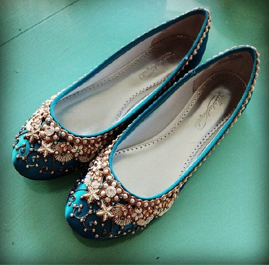 sea inspired beach wedding flats | via 31 Best Handmade Wedding Shoes http://emmalinebride.com/bride/handmade-wedding-shoes/