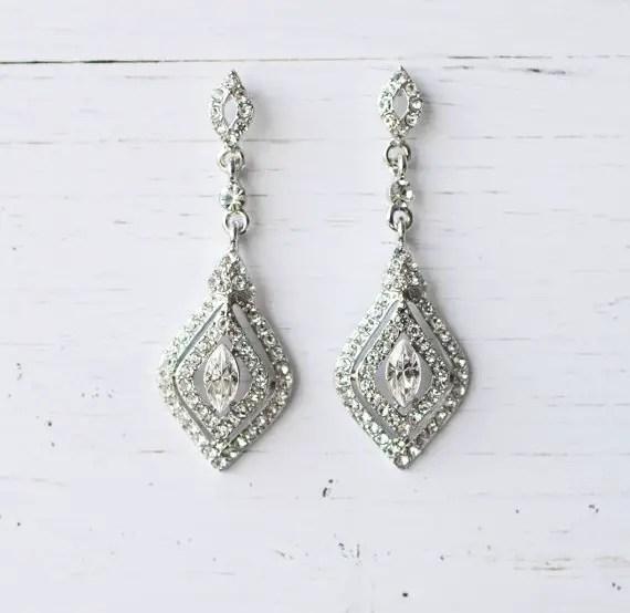 Silver diamond shape earrings | vintage bridal earrings | http://emmalinebride.com/bride/vintage-inspired-bridal-earrings