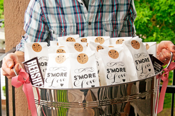 Favor Bags Totally Irresistible to Guests