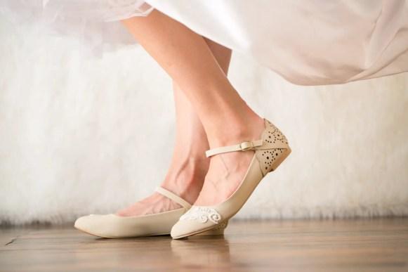 stone ballet flat wedding shoes for bride | via http://emmalinebride.com/bride/wedding-shoes-for-bride/