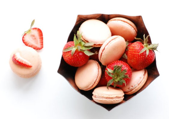 strawberry buttercream macaron | via http://emmalinebride.com/favors/giving-macaron-favors/
