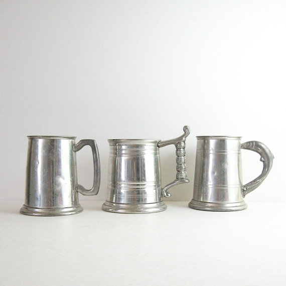 15 Awesome Groomsmen Gift Ideas (vintage beer tankards: last century)