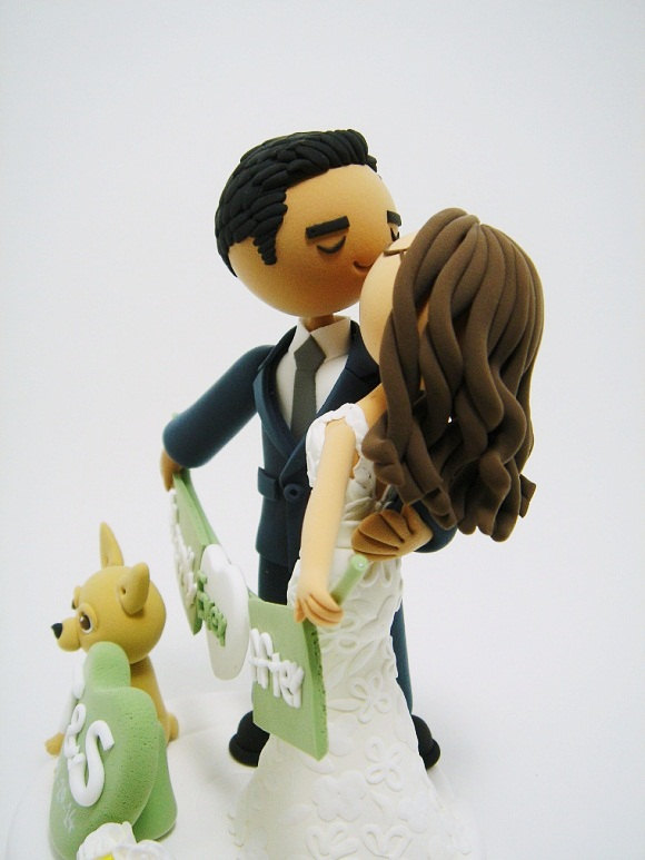 wedding-cake-topper-with-dog-clayphory-2