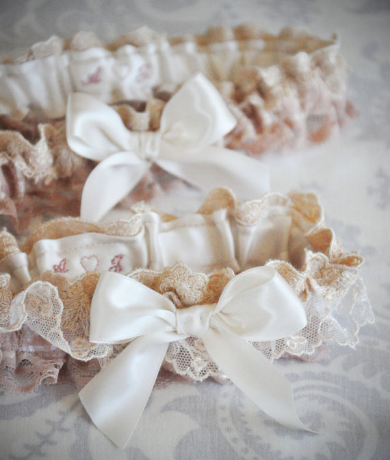 What Is A Wedding Garter: What Do You Think Of Wedding Garters?