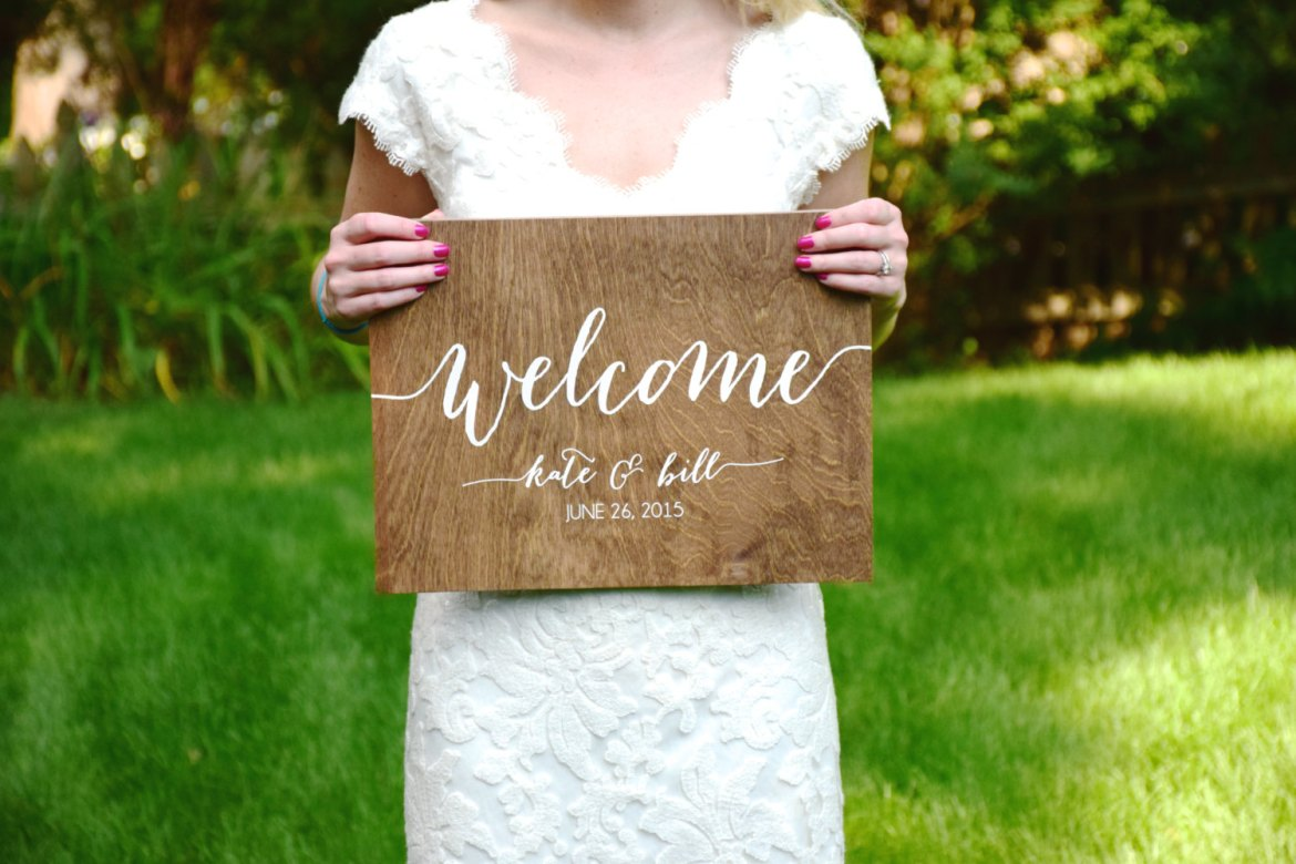 welcome kate and bill sign | signs entrance weddings | http://emmalinebride.com/decor/signs-entrance-weddings/