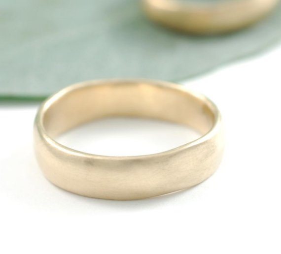 yellow gold wedding ring | handmade wedding bands | http://emmalinebride.com/jewelry/handmade-wedding-bands/