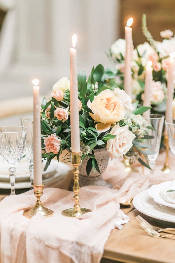 20 Breathtaking Wedding Centerpiece Ideas for Spring 2019