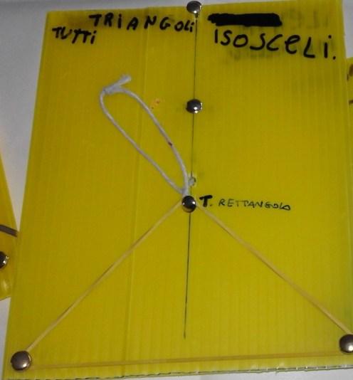 triangolo isoscele rettangolo