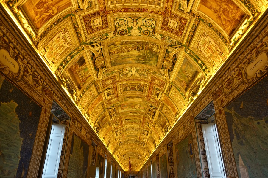 The Vatican gold room rome