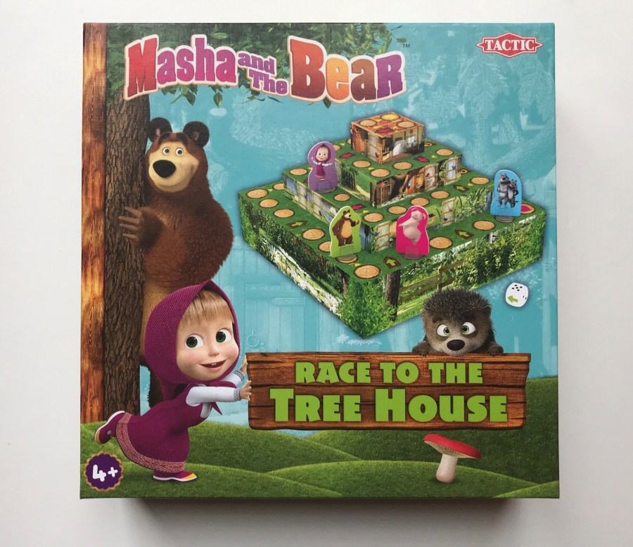 Masha and the bear race to the tree house game